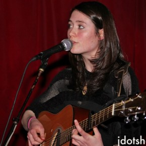 """JDOT TV: Rachel Sermanni Performs """"Song to a Fox"""" at The Delancey (NYC)"""